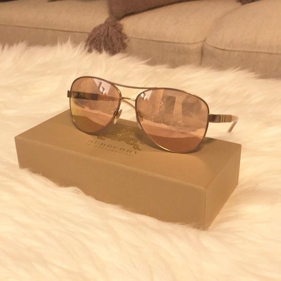 322f1ef64a7e Burberry Accessories - Burberry Rose Gold Aviator Sunglasses